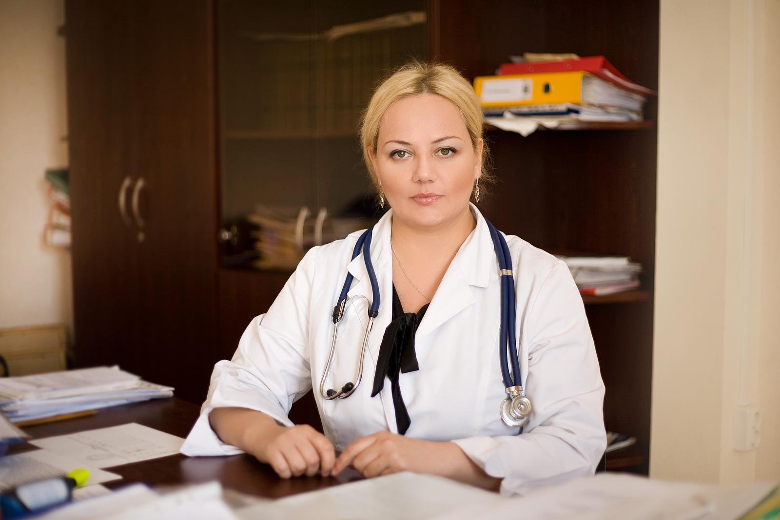 они русские девушки у врача транссексуалка разделась дрочит